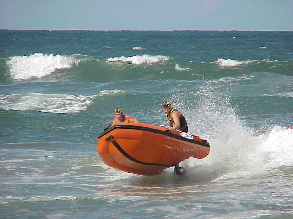 как поплавать на море на своей лодке